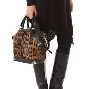 """🌟💯AW """"Leopard"""" Emilie bag! 💯🌟"""